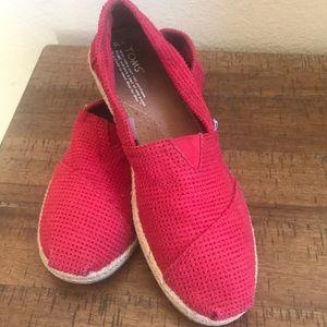 Toms woven canvas shoes